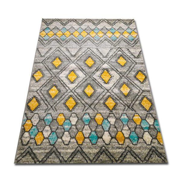 orientalny żółty dywan