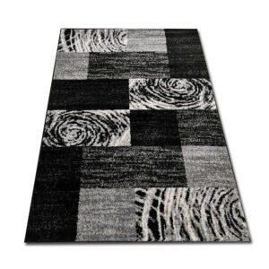 dywan czarno biały